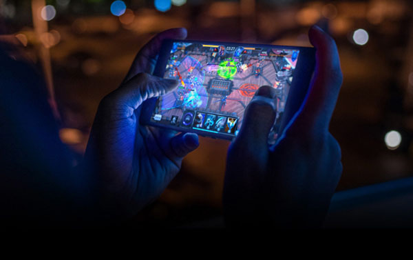 multiplayer mobile gaming Telegram